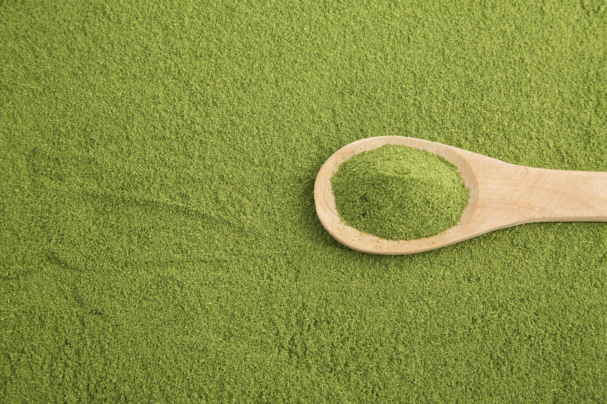 5 Ways Moringa Dominates the Battle of the Greens