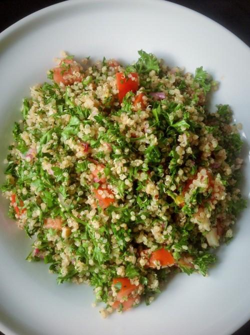 Moringa Quinoa Tabouleh: Healthy Plant-based Super Green Inspiration
