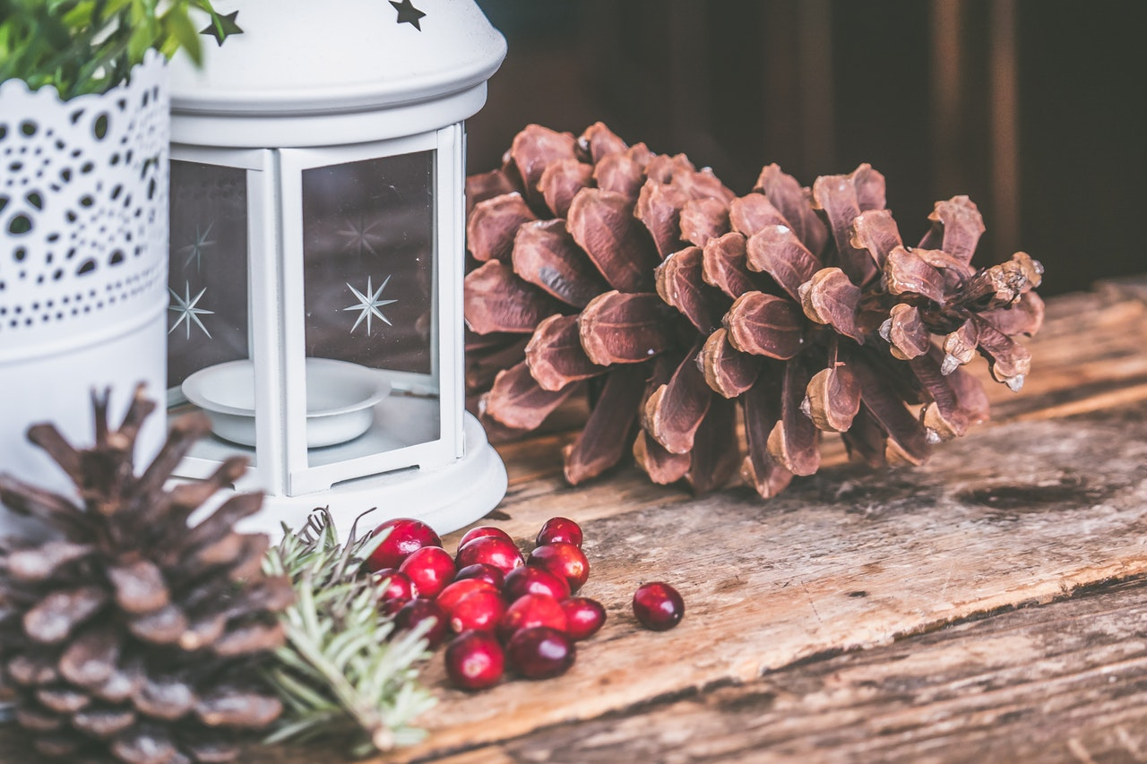 Use Environmentally friendly decor for a sustainable holiday