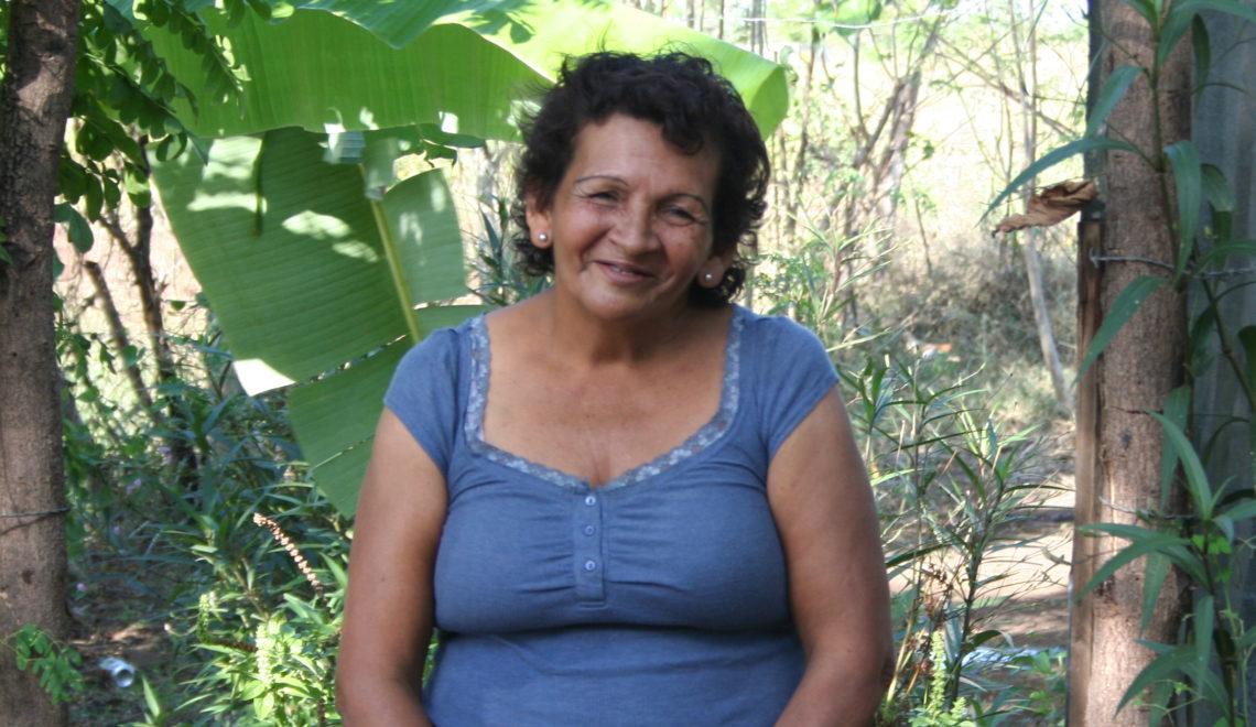 Moringa Miracle Maker: Isabella